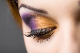 How to use High Lighter and Eye Shadow