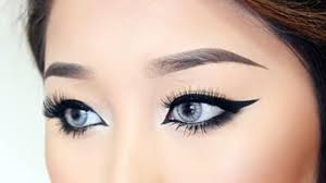 Drooping eyes Makeup