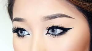 Drooping eyes Makeup