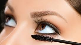 How to Apply Mascara on Lower Lashes
