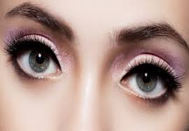 Round eyes Makeup